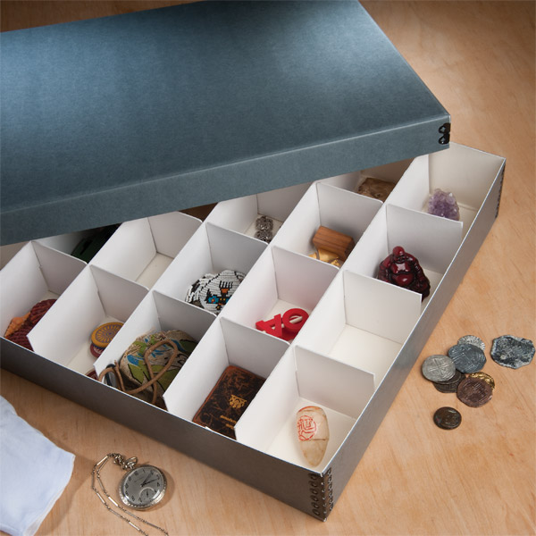 Divided Storage/Ornament Box